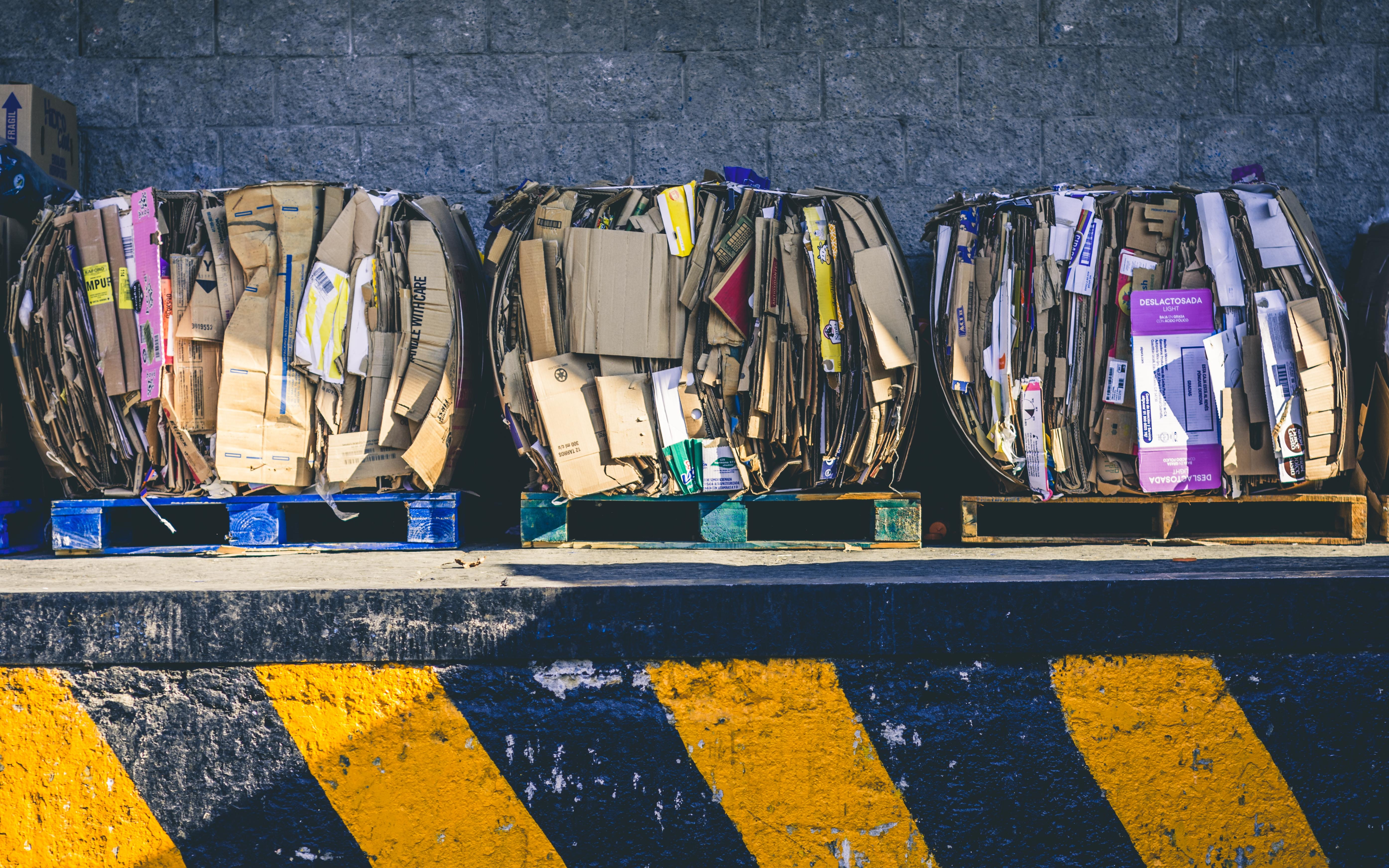 Boxes Crushed on Pallets - alfonso-navarro-unsplash