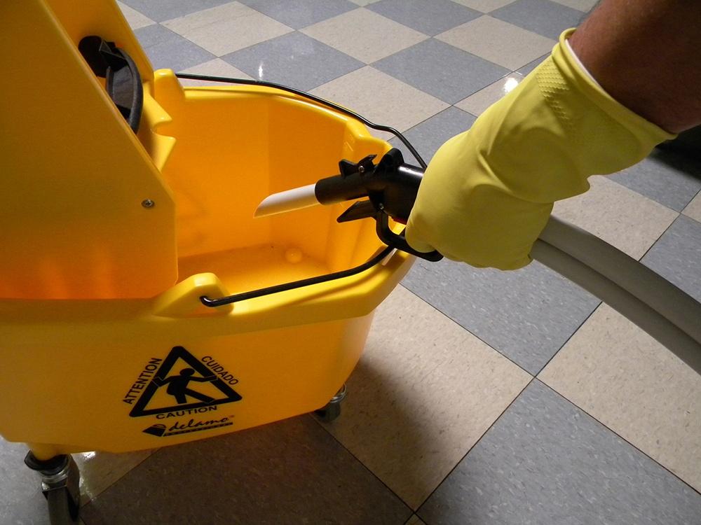 Fill bucket from dispenser